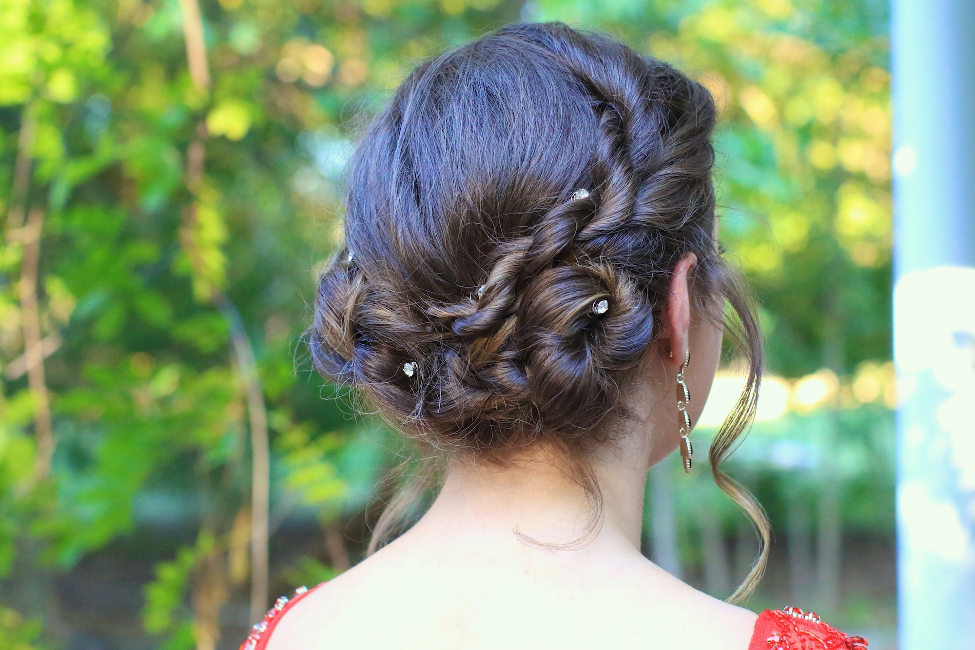 Popular Rope Twist Updo Hairstyles With Accessories With Regard To Rope Twist Updo (Gallery 4 of 20)