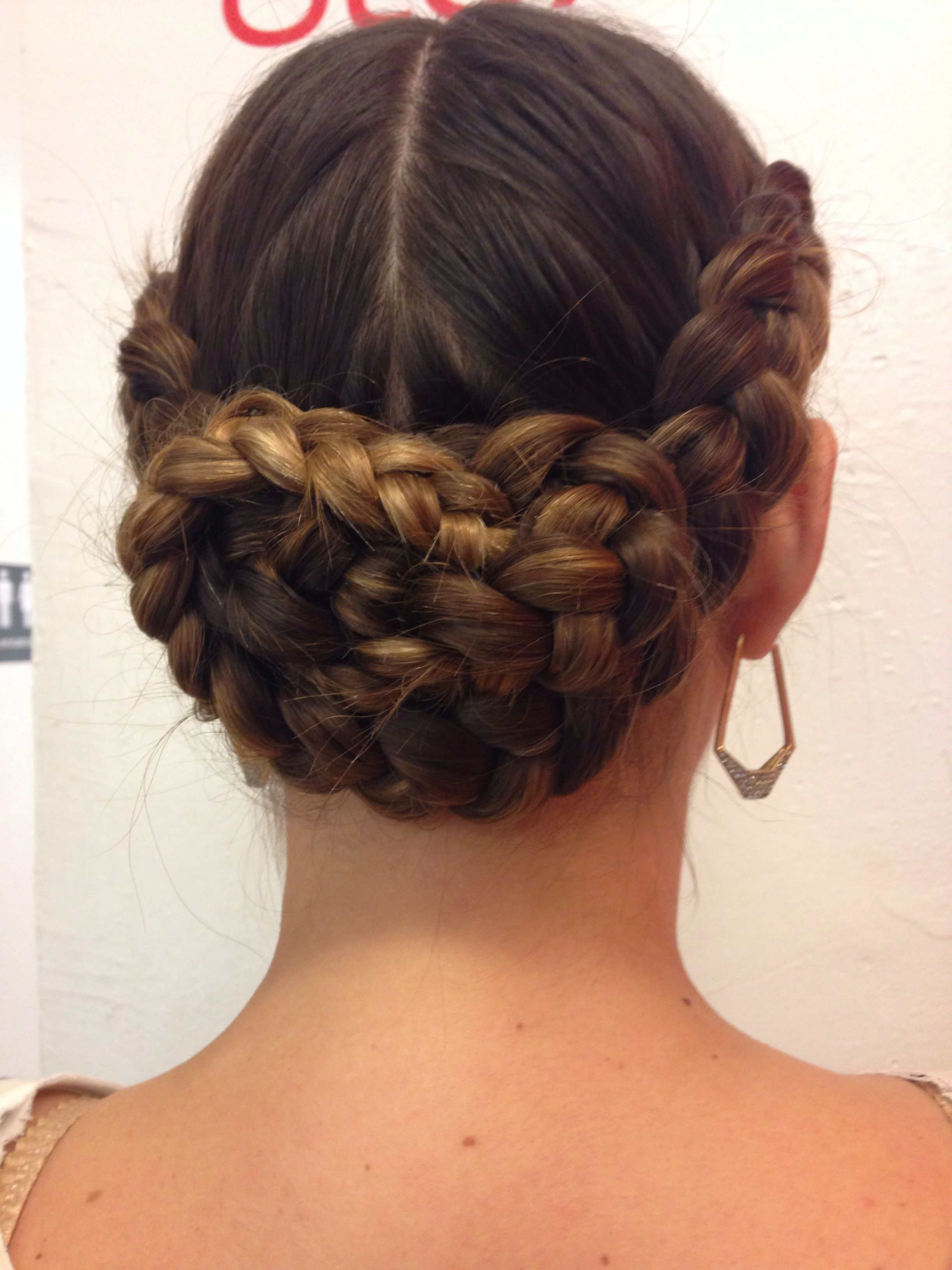Updos Romantic (View 5 of 20)