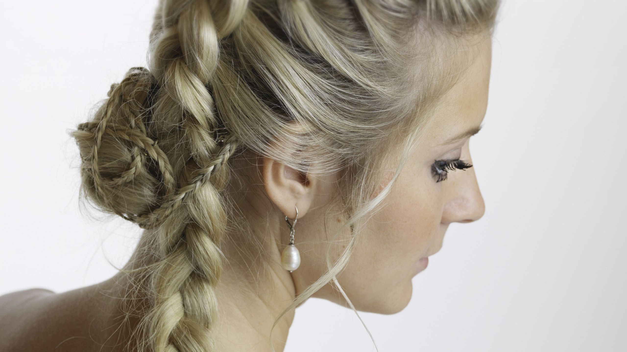 Well Known Whirlpool Braid Hairstyles Regarding The Hairdressing Salon (View 18 of 20)