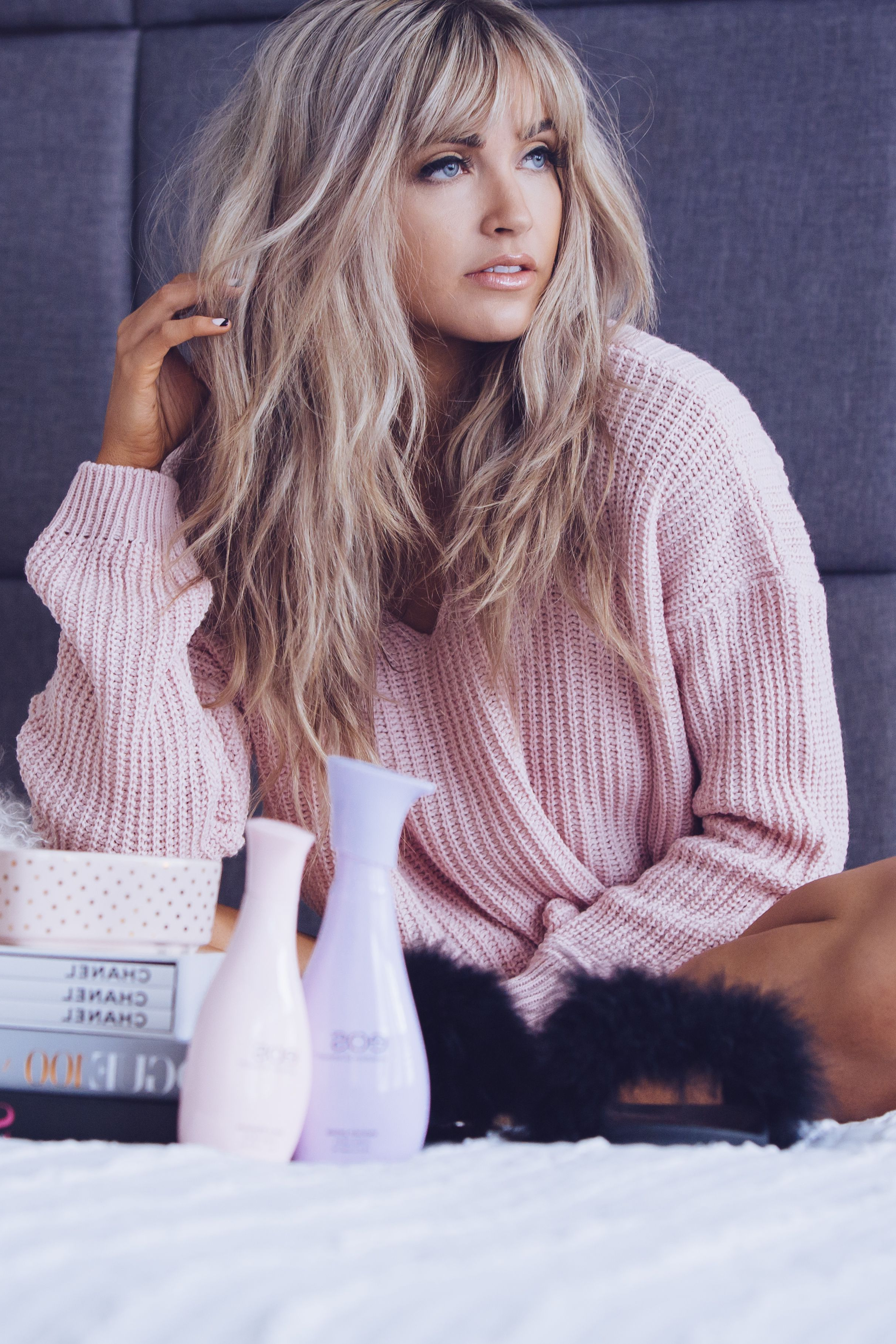 2019 Long Hairstyles With Straight Fringes And Wavy Ends Inside Pin On Hair : Makeup (View 14 of 20)