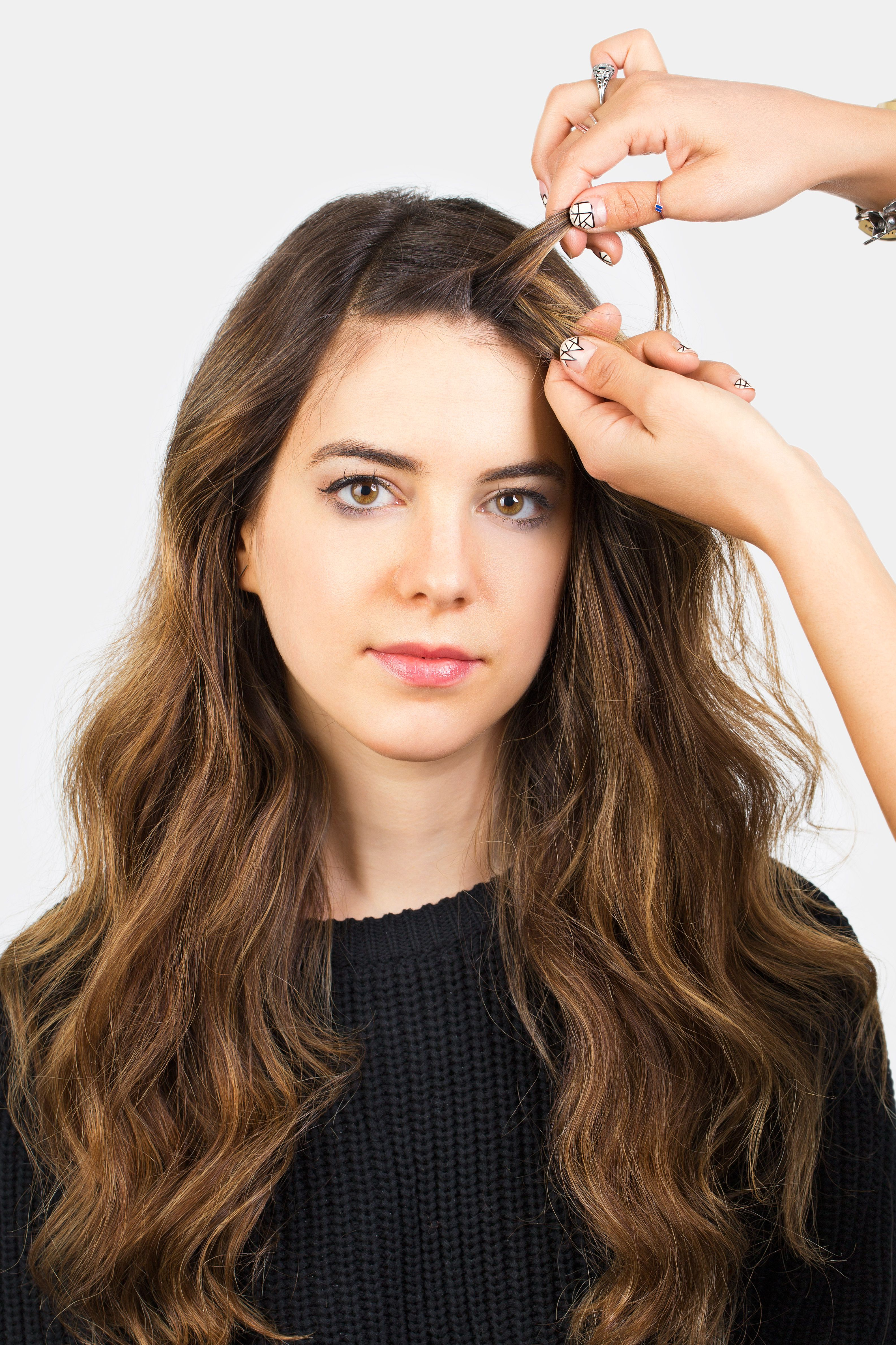 2019 Loose Flowy Curls Hairstyles With Long Side Bangs Within How To Style Bangs – 5 Hairstyles To Keep Your Bangs Out Of (View 7 of 20)