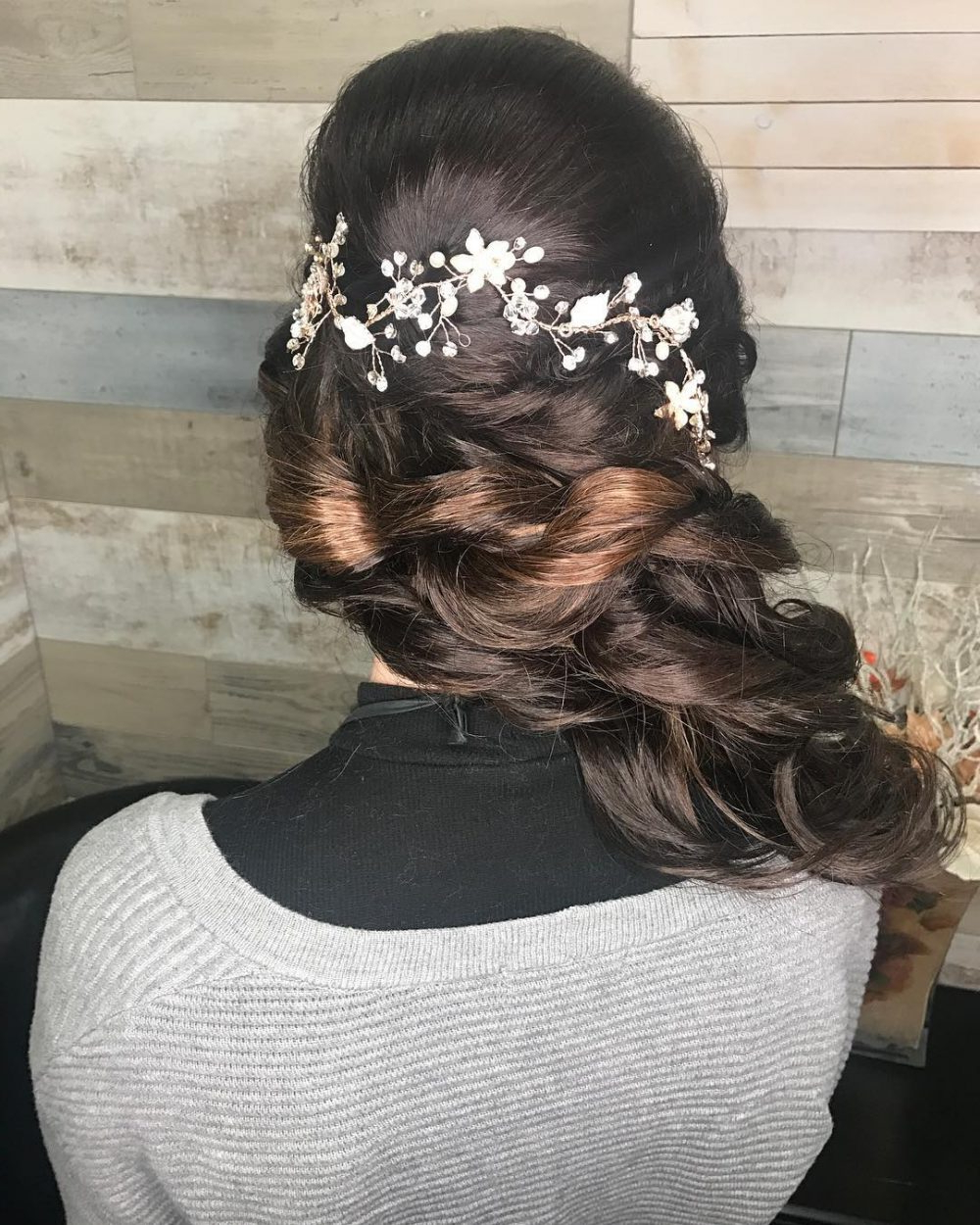 23 Hottest Side Swept Hairstyles To Try In 2019 Inside Recent Straight Hairstyles In Side Swept Downdo (View 6 of 20)