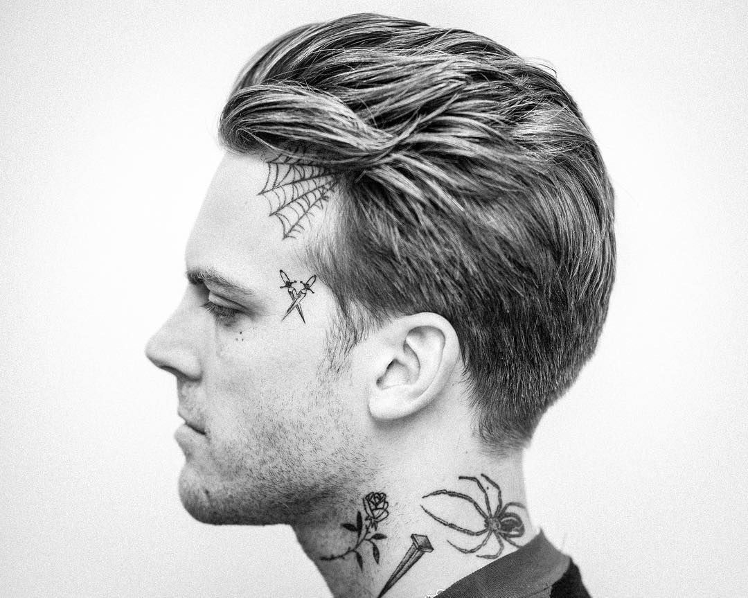 27 Cool Men's Haircuts 2019 With Famous Long Hairstyles With Slicked Back Top (View 15 of 20)