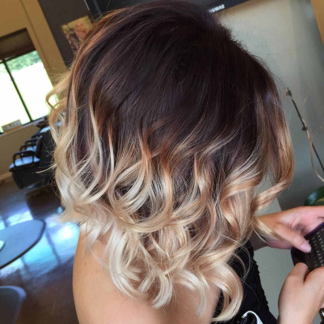 35 Hottest Short Ombre Hairstyles For 2019 – Best Ombre Hair Pertaining To 2019 Black To Light Brown Ombre Waves Hairstyles (Gallery 12 of 20)