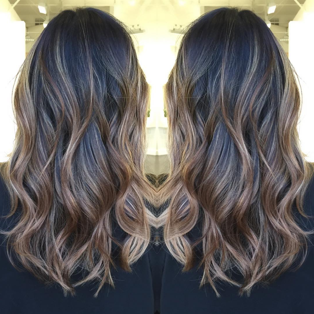 45 Balayage Hair Color Ideas 2019 – Blonde, Brown, Caramel, Red Intended For Best And Newest Black To Light Brown Ombre Waves Hairstyles (View 10 of 20)