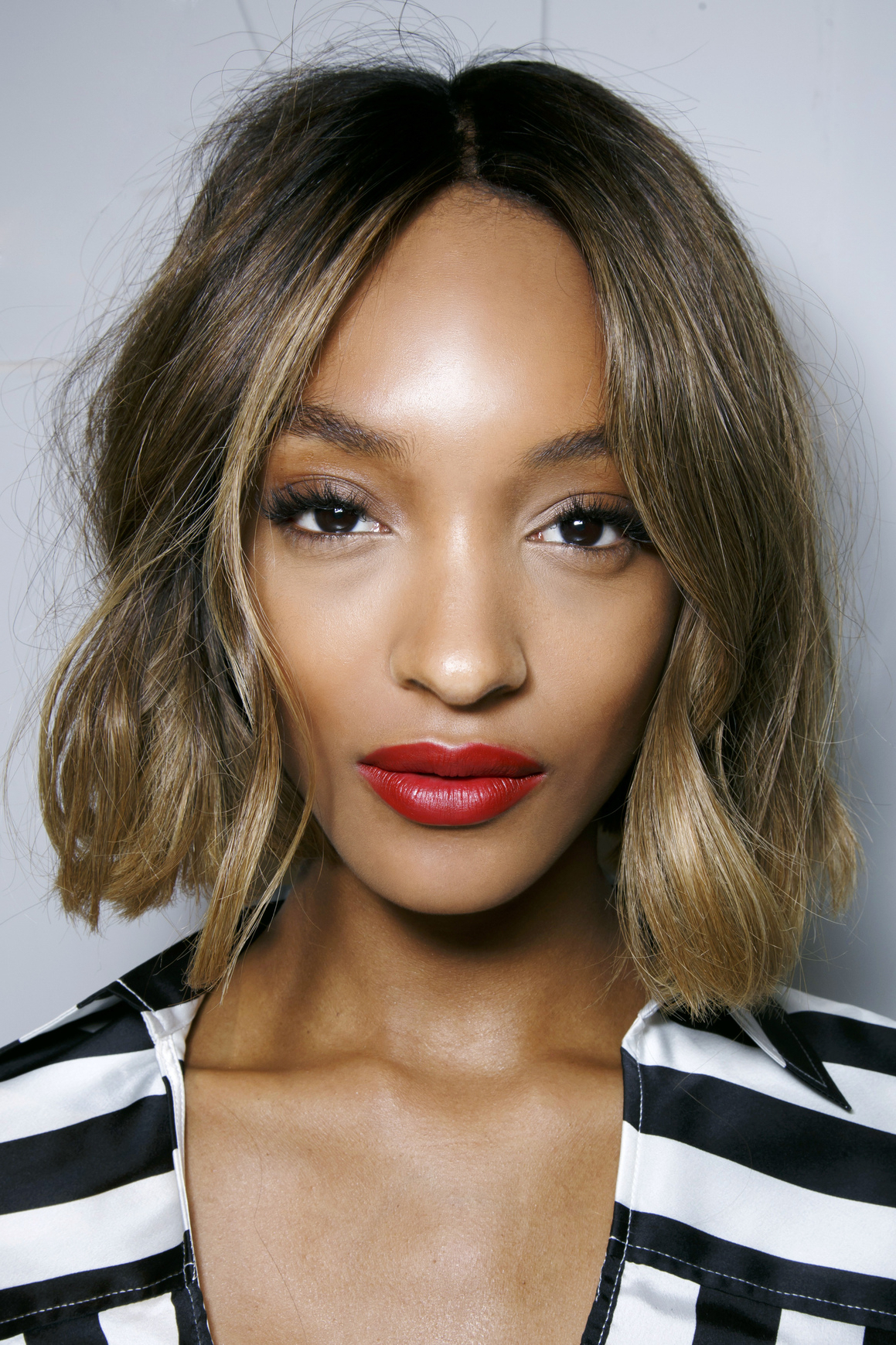 50 Haircuts To Copy Right Now Intended For Most Recently Released Blunt Wavy Bob Hairstyles With Center Part (View 8 of 20)