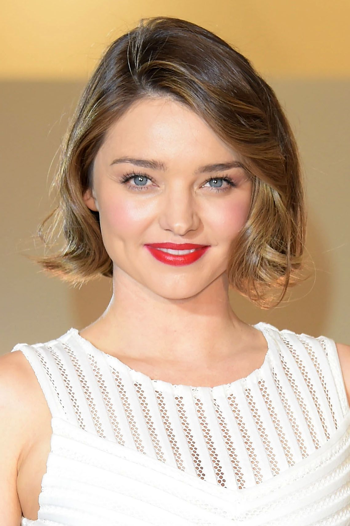 55+ Cute Bob Haircuts And Hairstyles 2019 – Long, Short, And Regarding Most Up To Date Blunt Wavy Bob Hairstyles With Center Part (View 20 of 20)