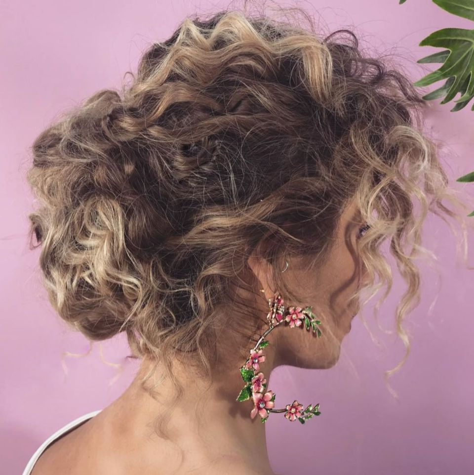 Beauty Within Fashionable Elegant Messy Updo Hairstyles On Curly Hair (View 5 of 20)