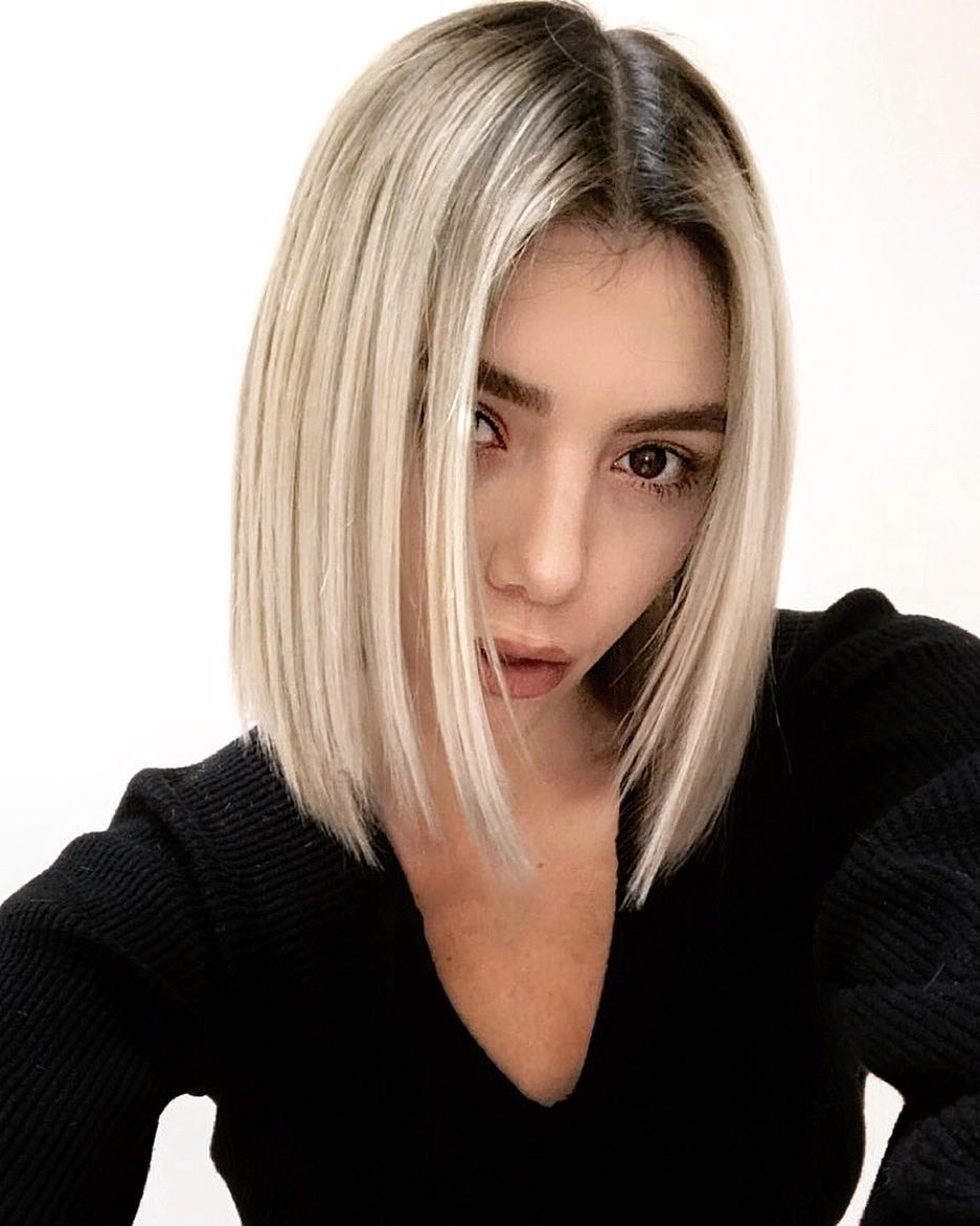 Best And Newest Blunt Wavy Bob Hairstyles With Center Part Regarding 10 Simple Blunt Bob Hairstyles – Cool Short Haircut For (View 5 of 20)