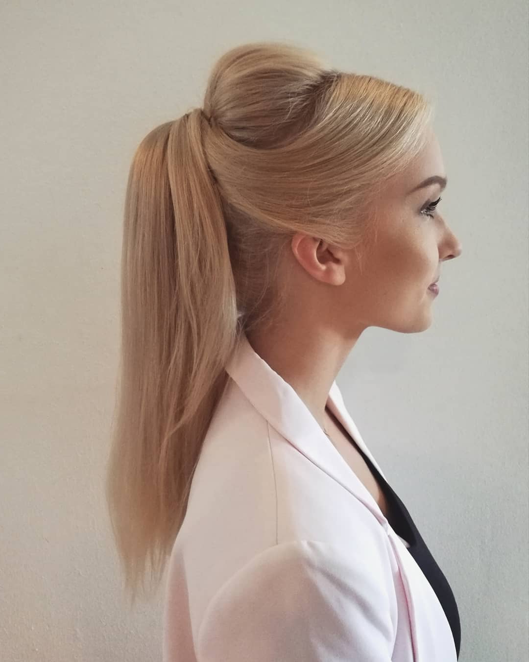 Current Messy High Ponytail Hairstyles With Teased Top Within 10 Creative Ponytail Hairstyles For Long Hair, Summer (View 4 of 20)
