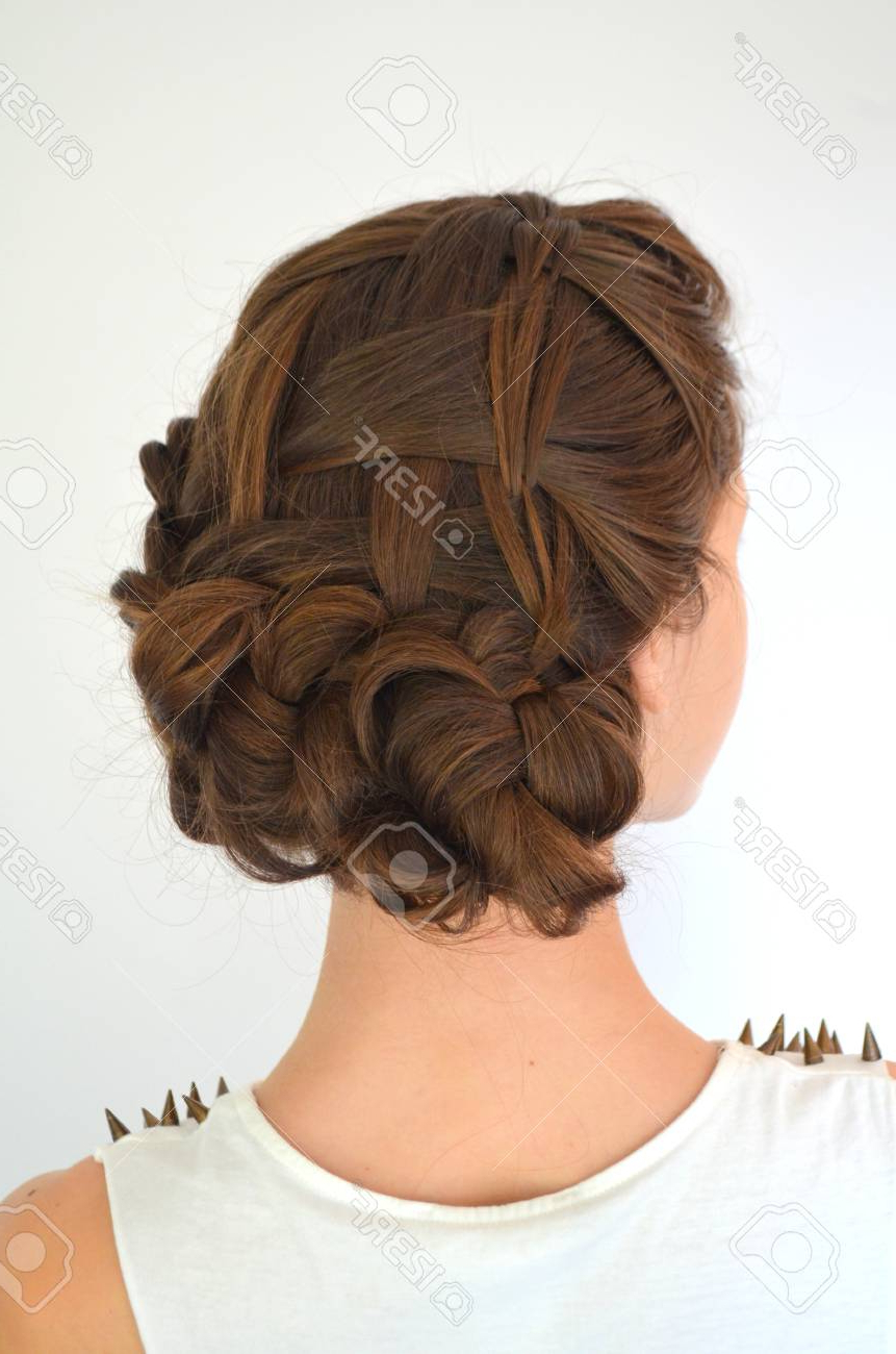 Famous Braided Shoulder Length Hairstyles With Regard To Hairstyle Braiding On Medium Length (View 18 of 20)