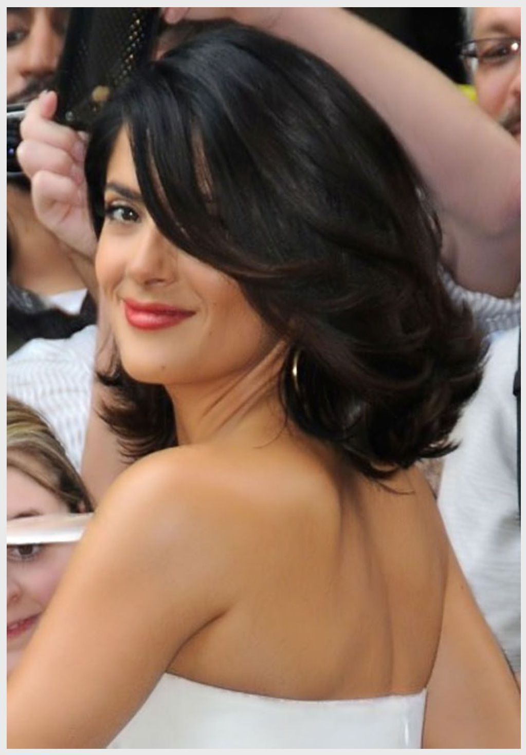 Featured Photo of Layered And Outward Feathered Bob Hairstyles With Bangs