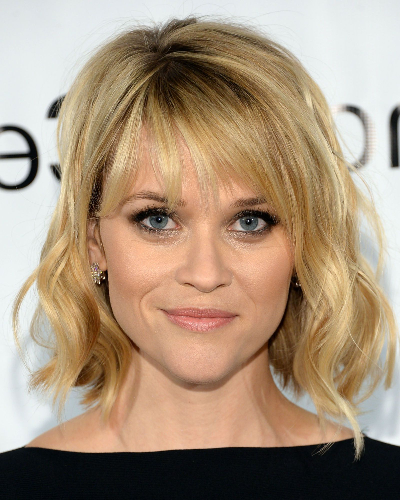 Featured Photo of Volumized Curly Bob Hairstyles With Side Swept Bangs