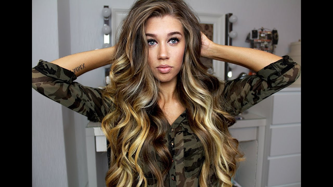 Most Popular Loose Flowy Curls Hairstyles With Long Side Bangs Inside Big Loose Curls / Victoria's Secret Soft Waves (eng (View 6 of 20)