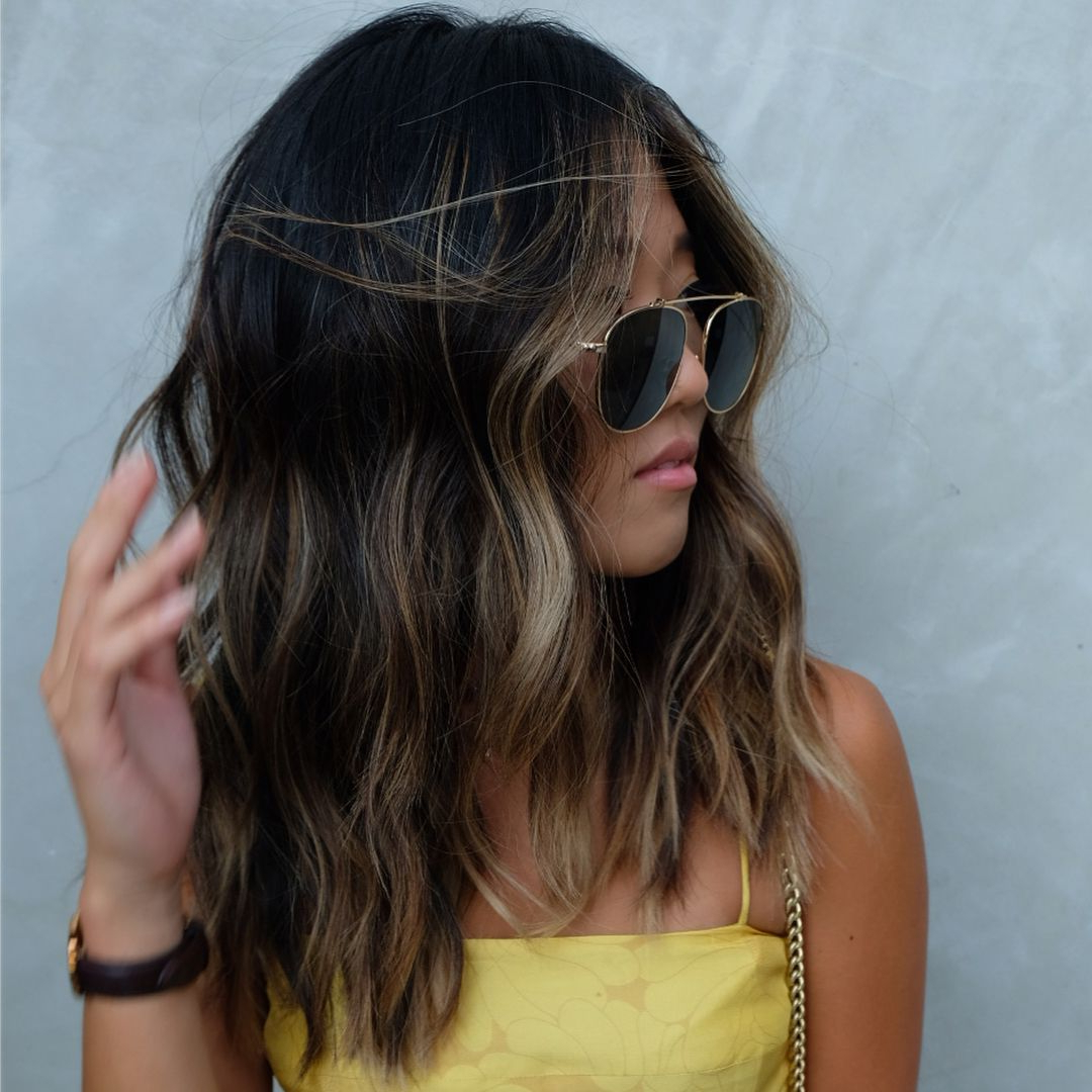 Most Recent Wavy Lob Hairstyles With Face Framing Highlights Regarding A Wavy, Beachy Lived In Lob Haircut With Face Framing (View 12 of 20)
