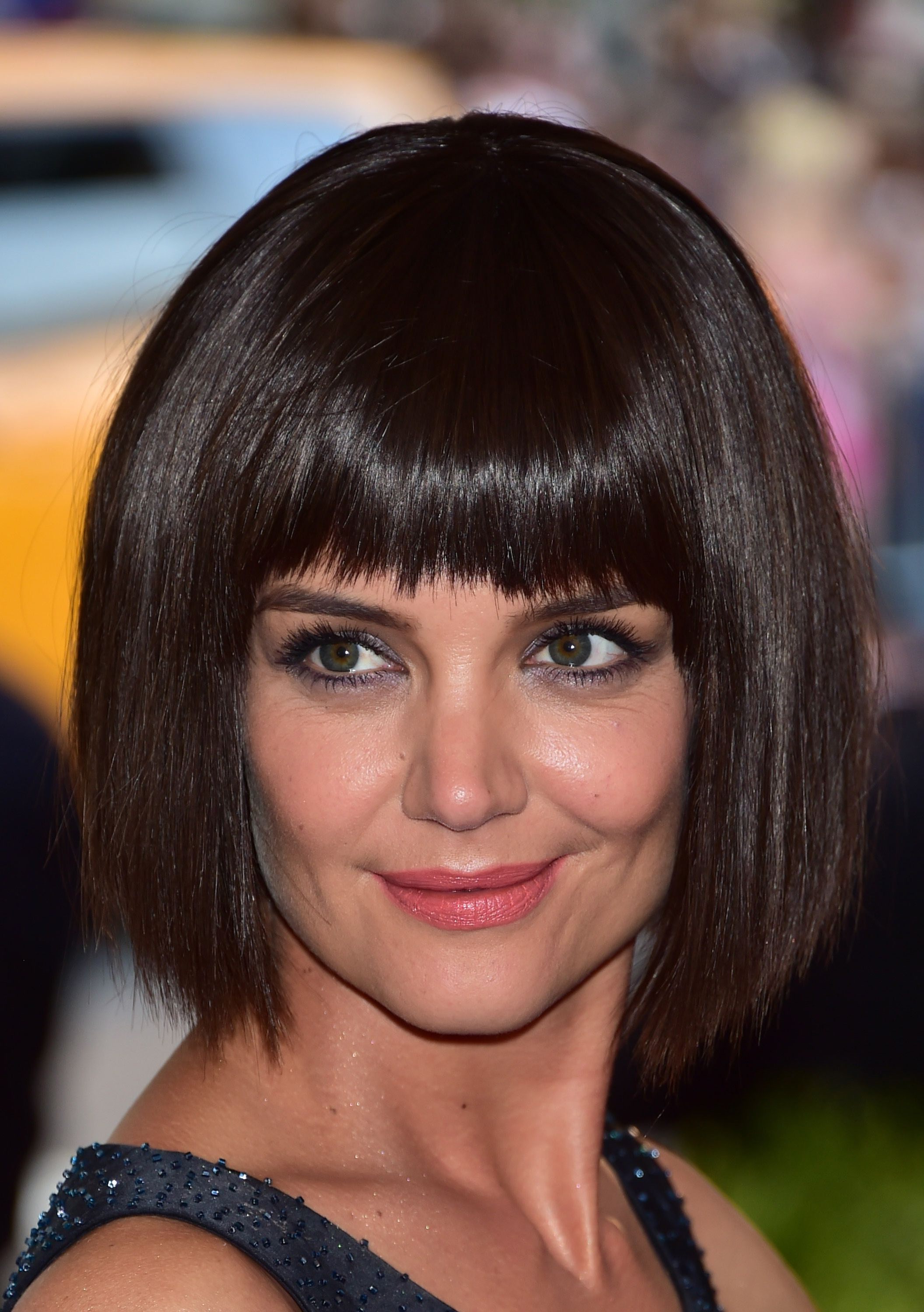 Most Recently Released Middle Parted Relaxed Bob Hairstyles With Side Sweeps Intended For 45 Cute Short Haircuts For Women 2019 – Short Celebrity (View 11 of 20)