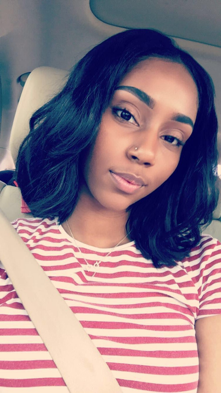 Pin On Blunt Cuts And Bobs ✨ For Famous Blunt Wavy Bob Hairstyles With Center Part (View 13 of 20)