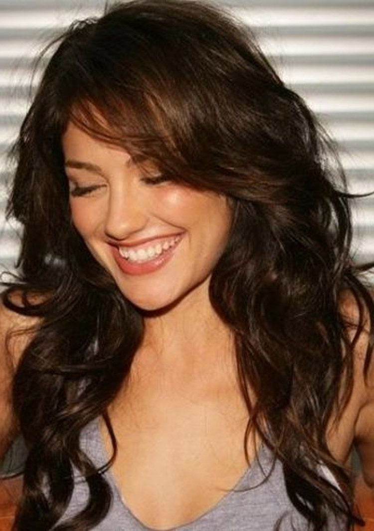 Pin On Short Curly Inside Most Up To Date Long Wavy Hairstyles With Side Swept Bangs (View 2 of 20)