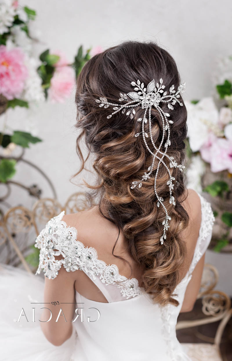 Popular Long Half Updo Hairstyles With Accessories For 6 Romantic Bridal Hair Half Up Half Down Hairstyle With Veil (View 10 of 20)