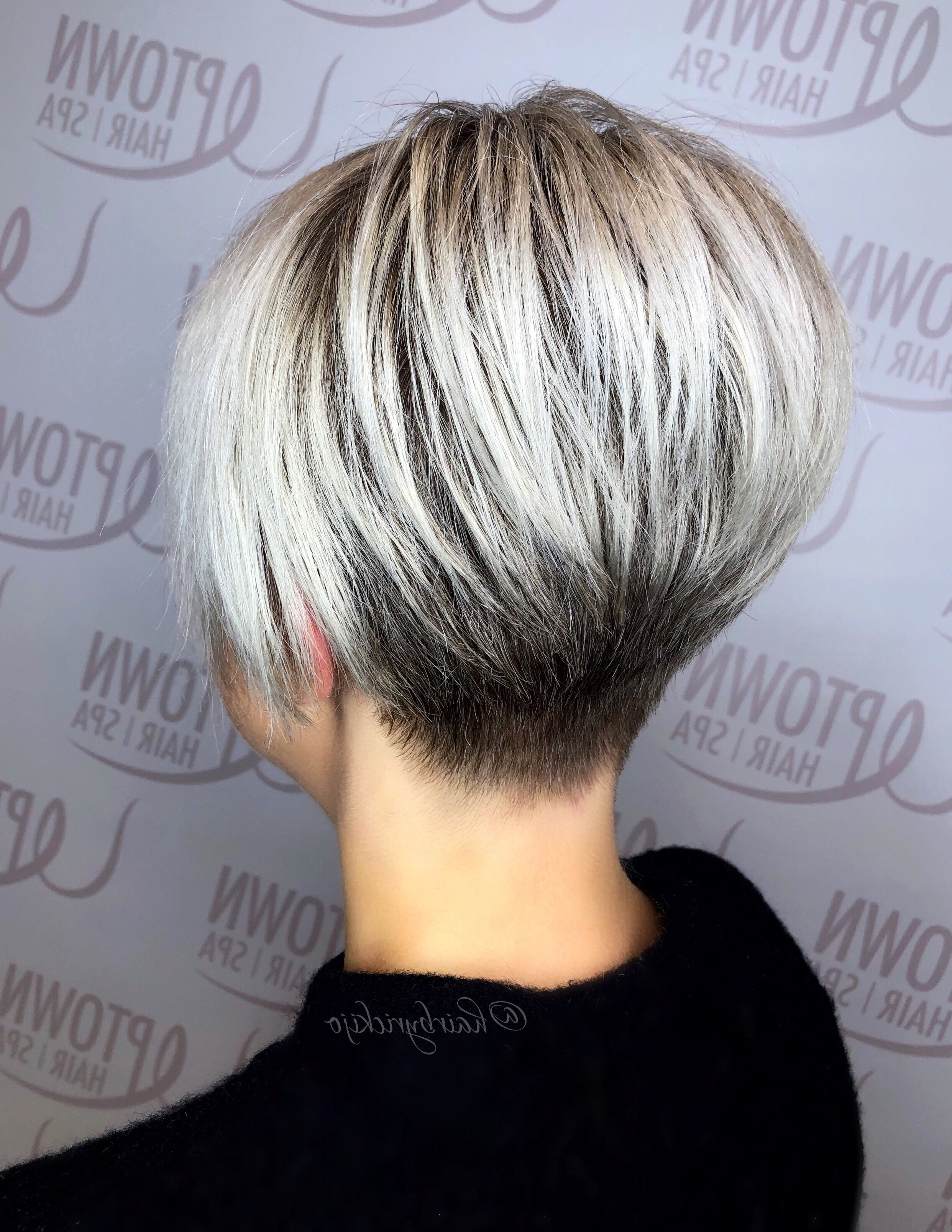 Popular Very Short Stacked Bob Hairstyles With Messy Finish Pertaining To Pin On Hair (View 10 of 20)