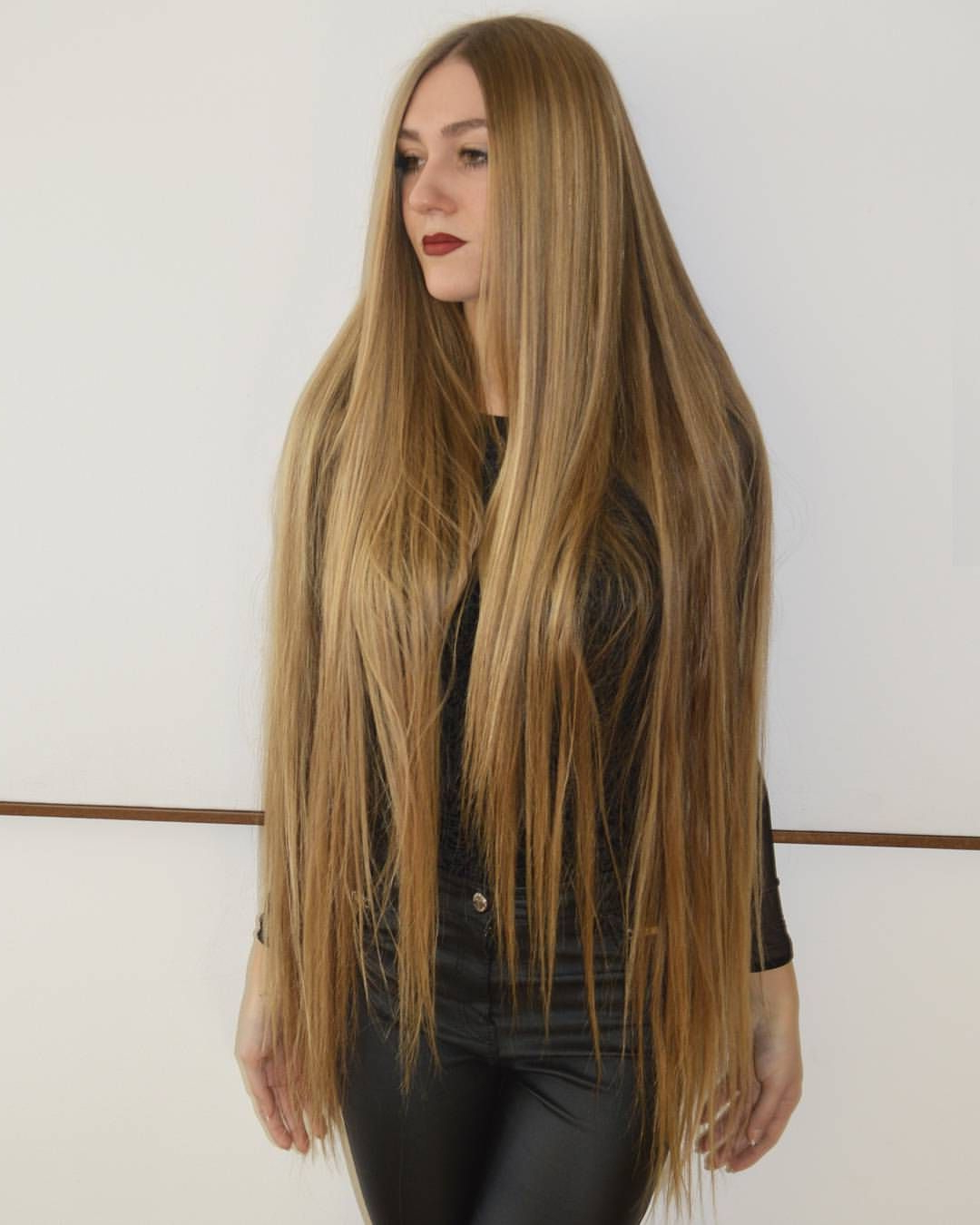 Preferred Cascading Silky Waves Hairstyles Regarding Pincindy Thompson On Super In  (View 5 of 20)