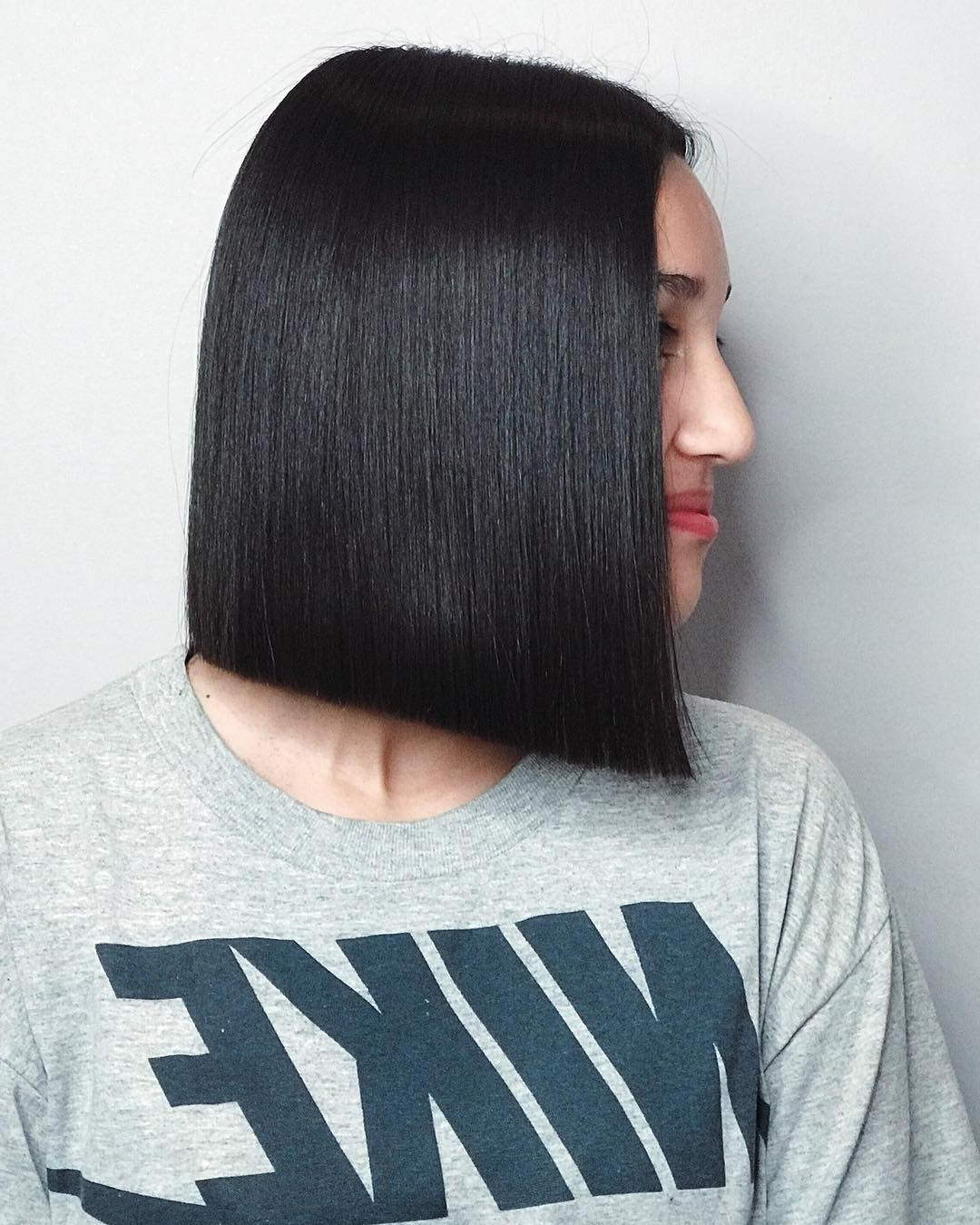 Preferred Middle Parted Relaxed Bob Hairstyles With Side Sweeps With 100+ Hottest Short Hairstyles For 2019: Best Short Haircuts (View 6 of 20)