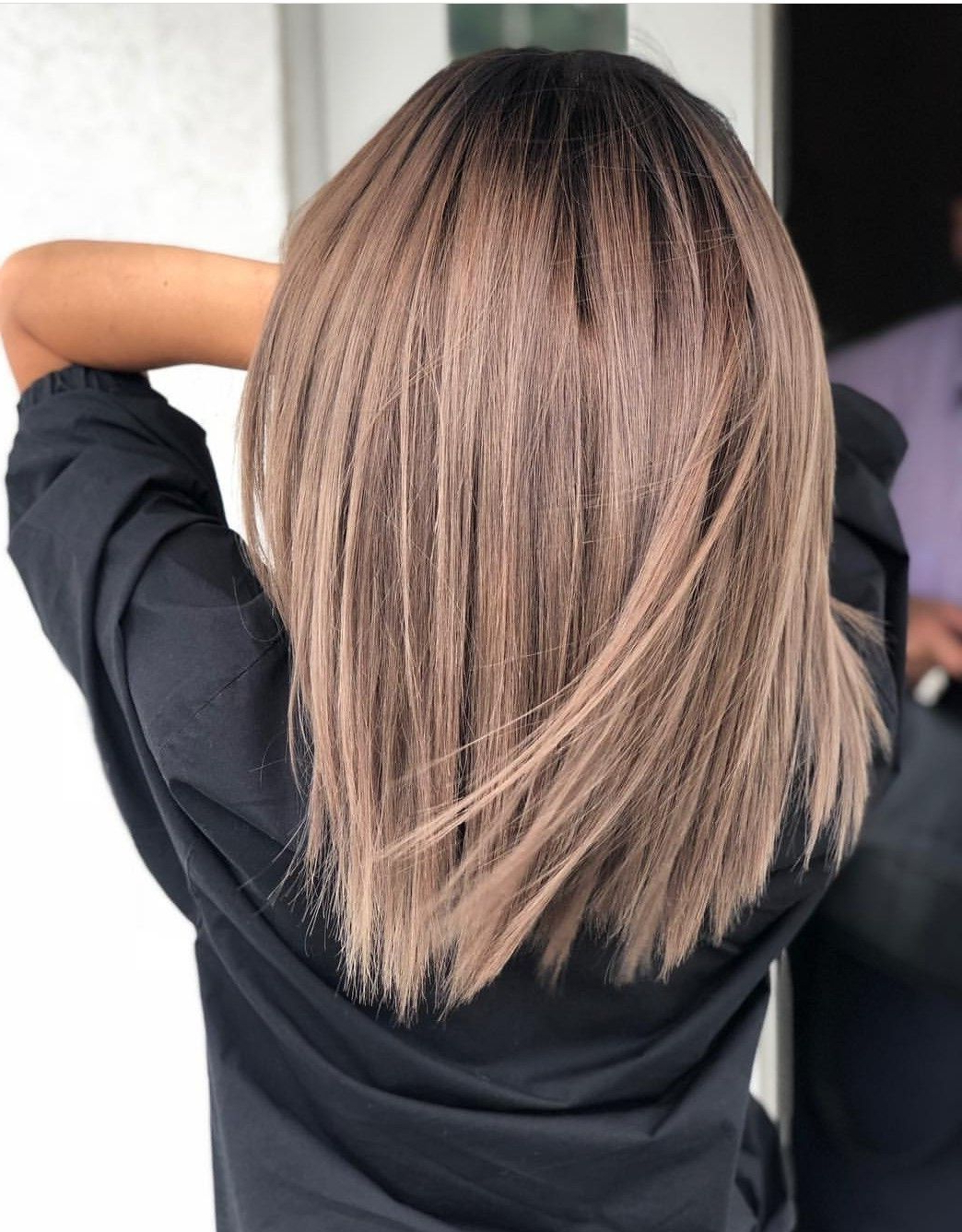 Shaggy Straight Cut Lob Bob Messy With Jagged Ends Face For Famous Wavy Lob Hairstyles With Face Framing Highlights (View 7 of 20)