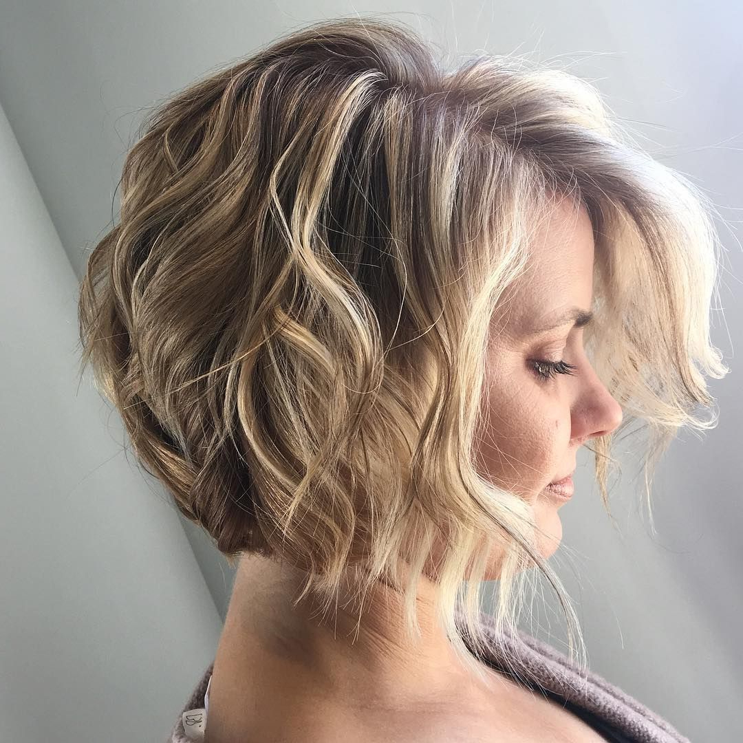 Trendy Wavy Lob Hairstyles With Face Framing Highlights Within Short Angled Bob Wavy Hair Beach Waves Bohemian Hair Blonde (View 19 of 20)