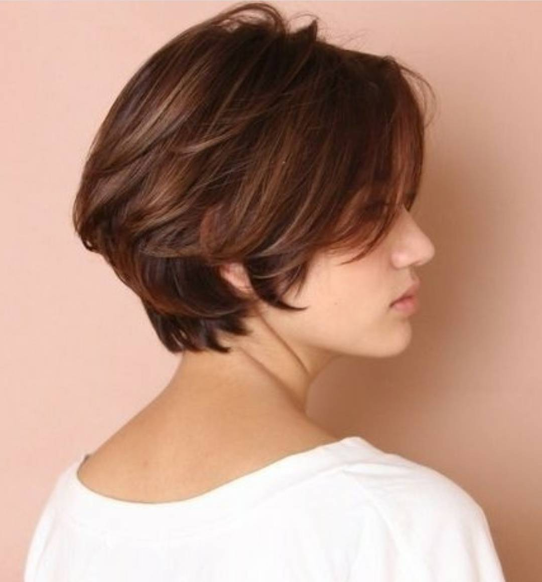 10 Chic Short Bob Haircuts That Balance Your Face Shape! With Chic Short Bob Haircuts With Bangs (View 4 of 20)