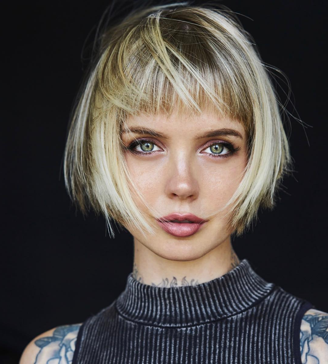 10 Trendy Messy Bob Hairstyles And Haircuts, 2020 Female With Blonde Blunt Haircuts Bob With Bangs (View 18 of 20)