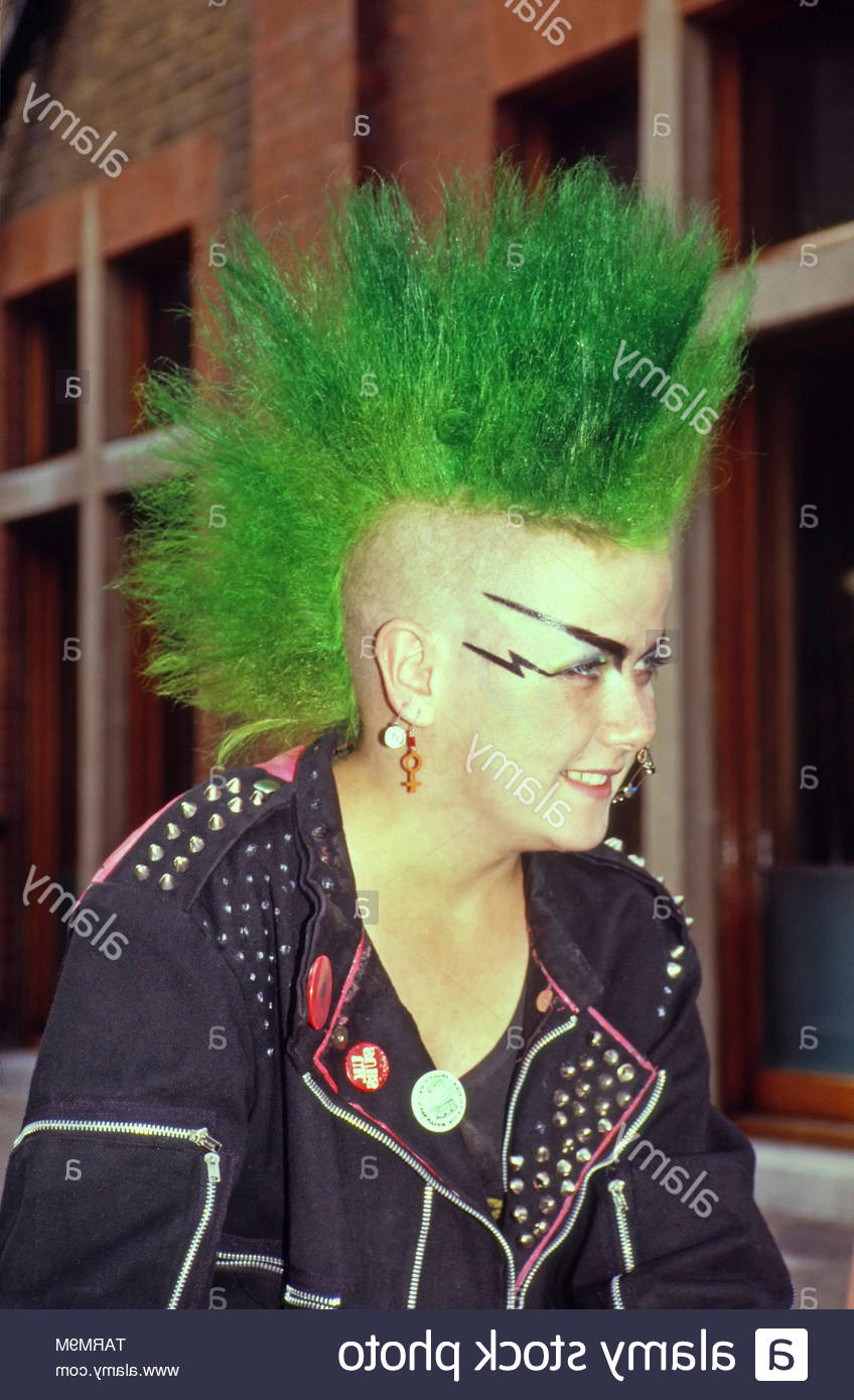 2020 Rocker Girl Mohawk Hairstyles Intended For Mohican Hair Style Stock Photos & Mohican Hair Style Stock (View 1 of 20)
