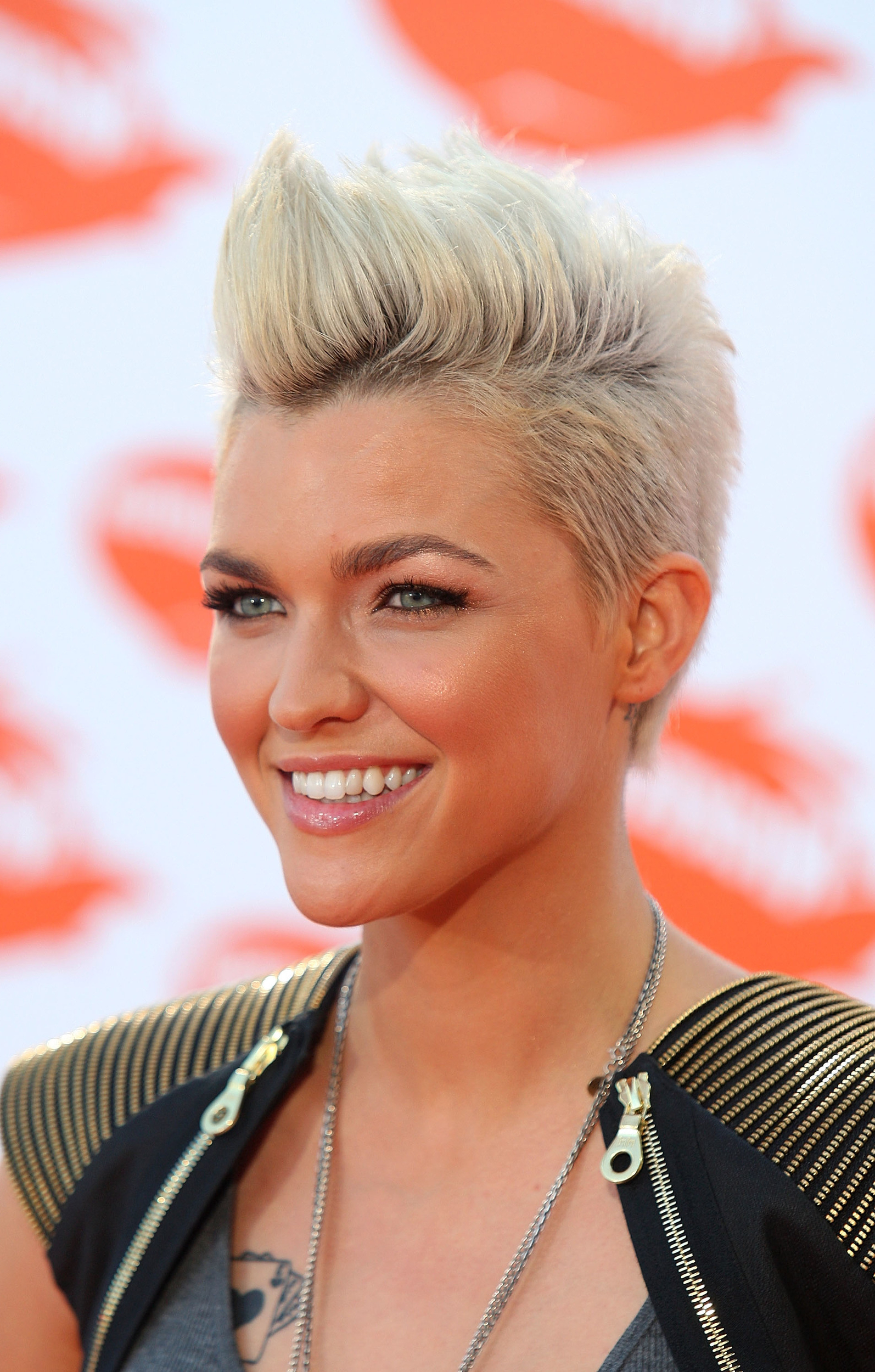 2021 Pixie Faux Hawk Haircuts Inside 15 Gorgeous Mohawk Hairstyles For Women This Year (View 18 of 20)