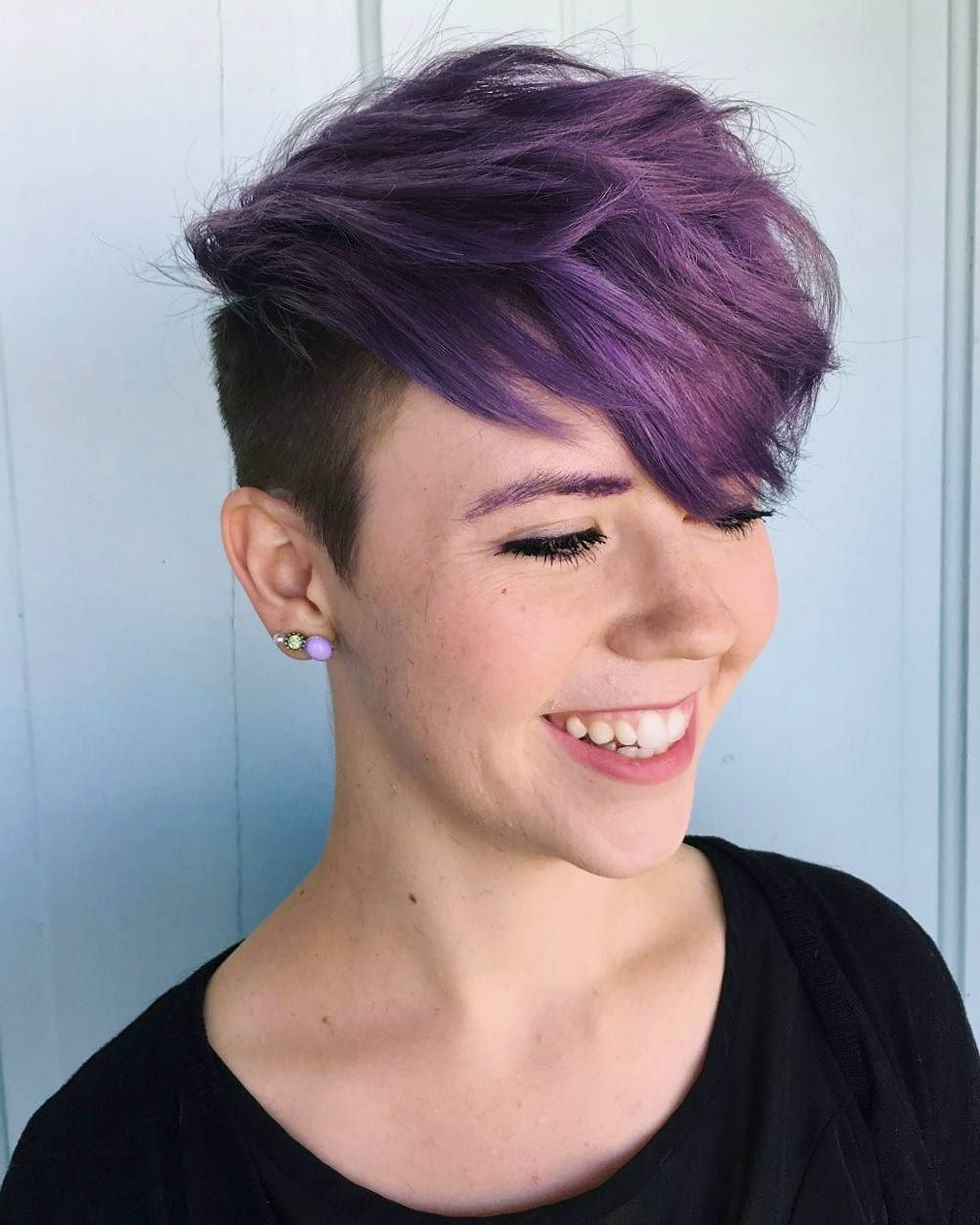 35 Brilliant Short Purple Hair Ideas — Too Stunning To Inside Trendy Pixie Haircuts With Vibrant Highlights (View 9 of 20)