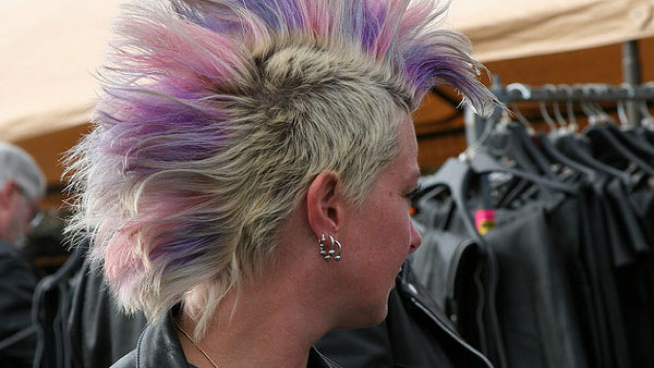 40 Staggering Mohawk Hairstyles In Well Liked Classic Blonde Mohawk Hairstyles For Women (View 4 of 20)