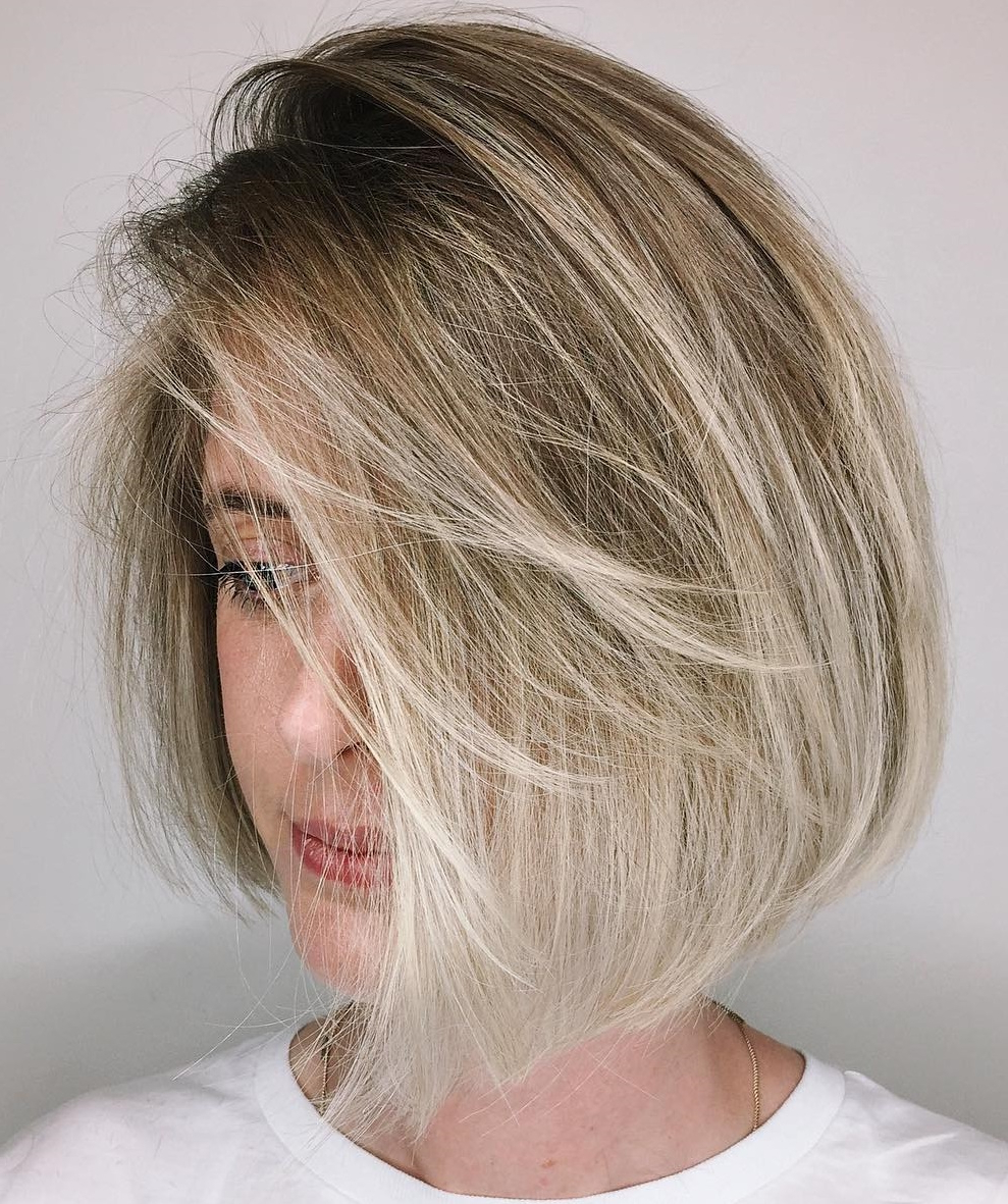 45 Short Hairstyles For Fine Hair To Rock In 2019 Within Blonde Bob Haircuts With Side Bangs (View 3 of 20)