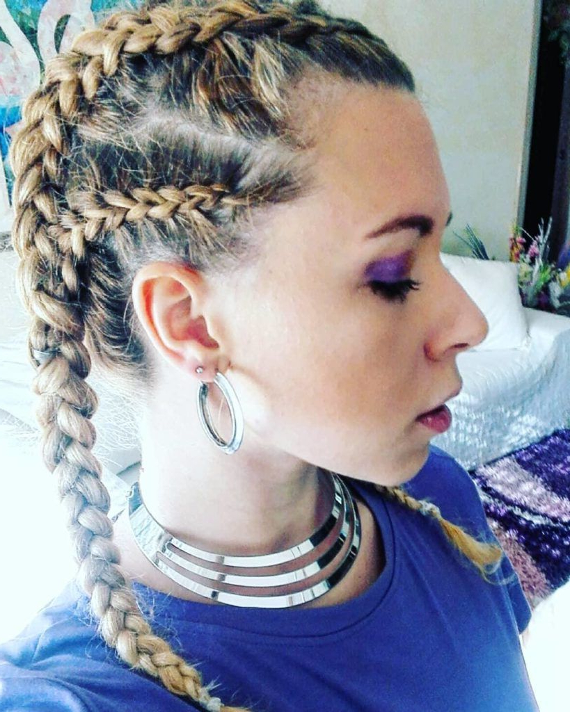 Most Popular Cassie Roll Mohawk Hairstyles Within 26 Most Wonderful Mohawk Hairstyles Of Nowadays (View 13 of 20)