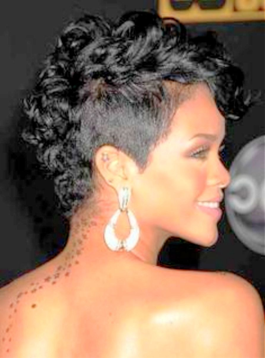 Most Popular Rihanna Black Curled Mohawk Hairstyles Within Vintage Mohawk Hairstyles For Black Women 88 For Your (View 14 of 20)