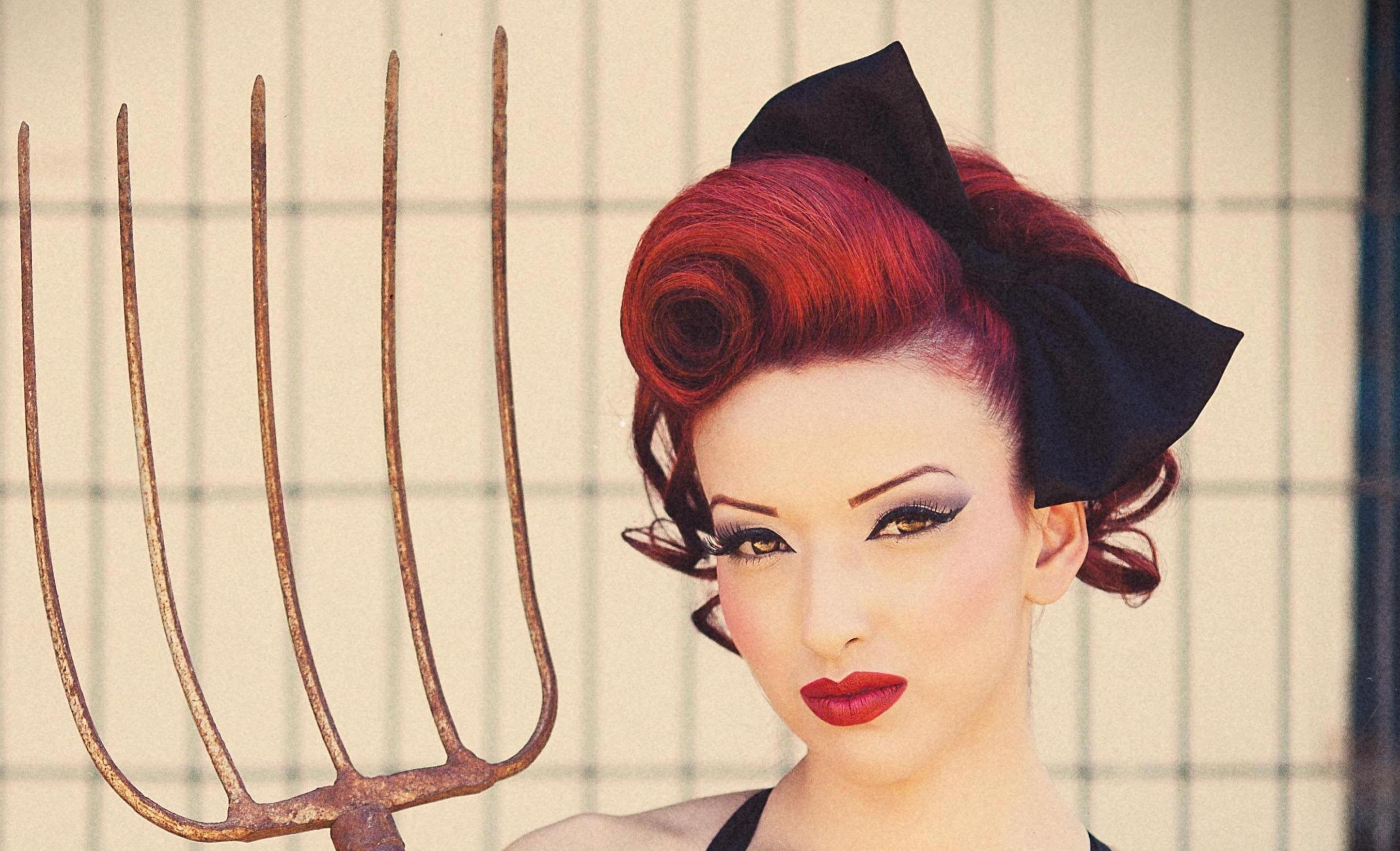 Most Up To Date Victory Roll Mohawk Hairstyles Pertaining To Pin On Sooothat's How You Do That! Youtube Tutorials < (View 16 of 20)