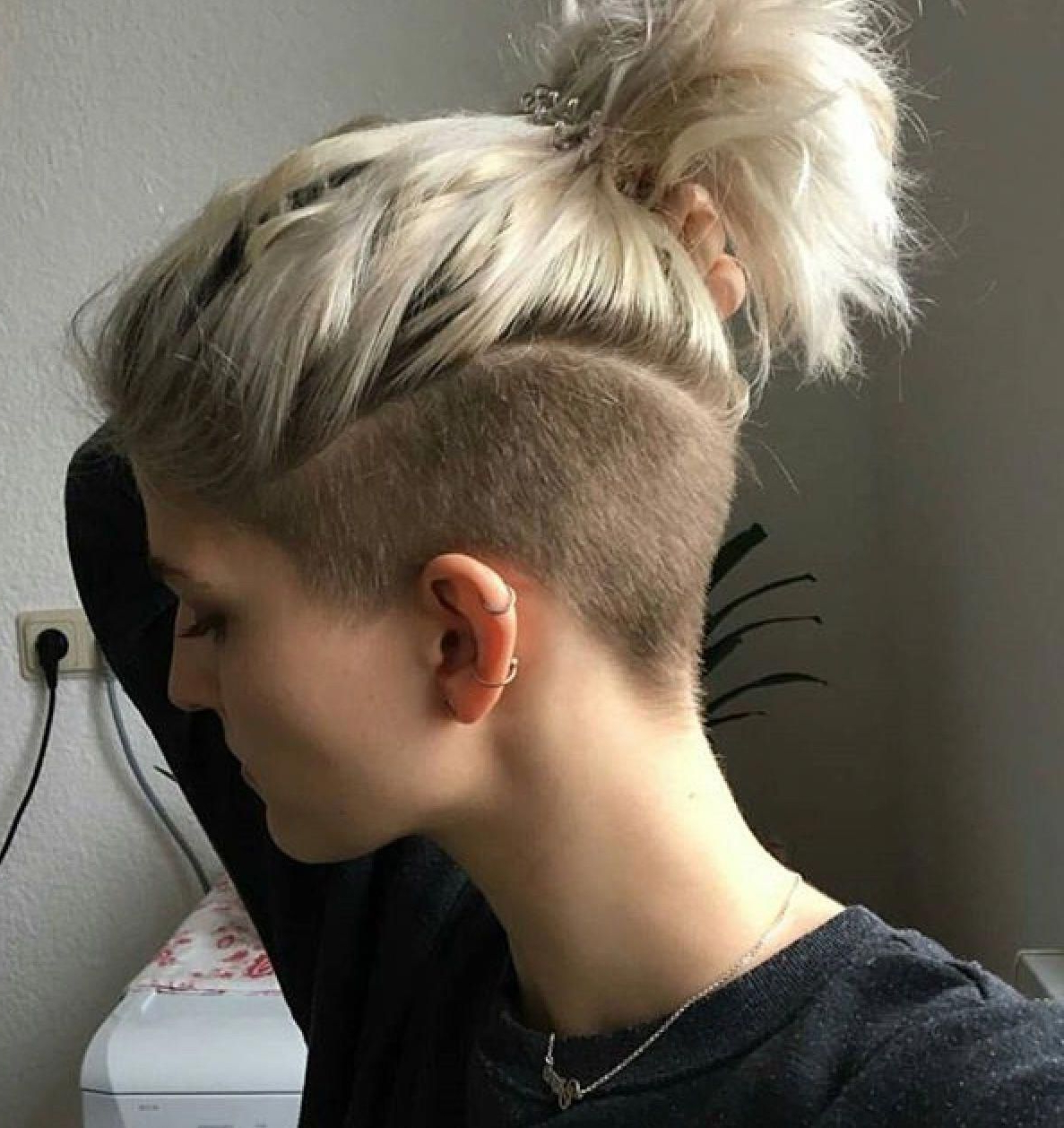 Pin On Make Up/ Beauty With Well Known Blonde Teased Mohawk Hairstyles (Gallery 6 of 20)