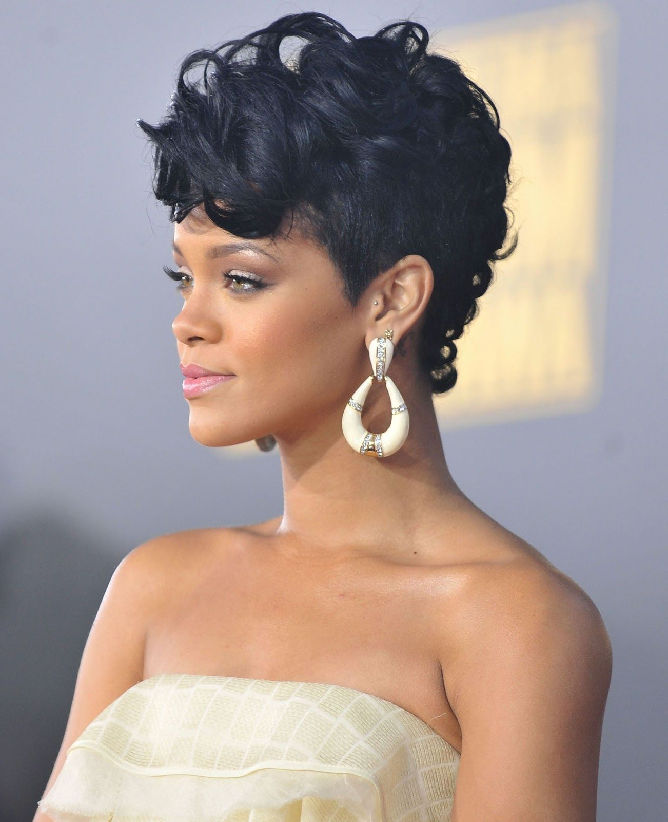 Pin On Sindy Inside Well Known Rihanna Black Curled Mohawk Hairstyles (View 18 of 20)