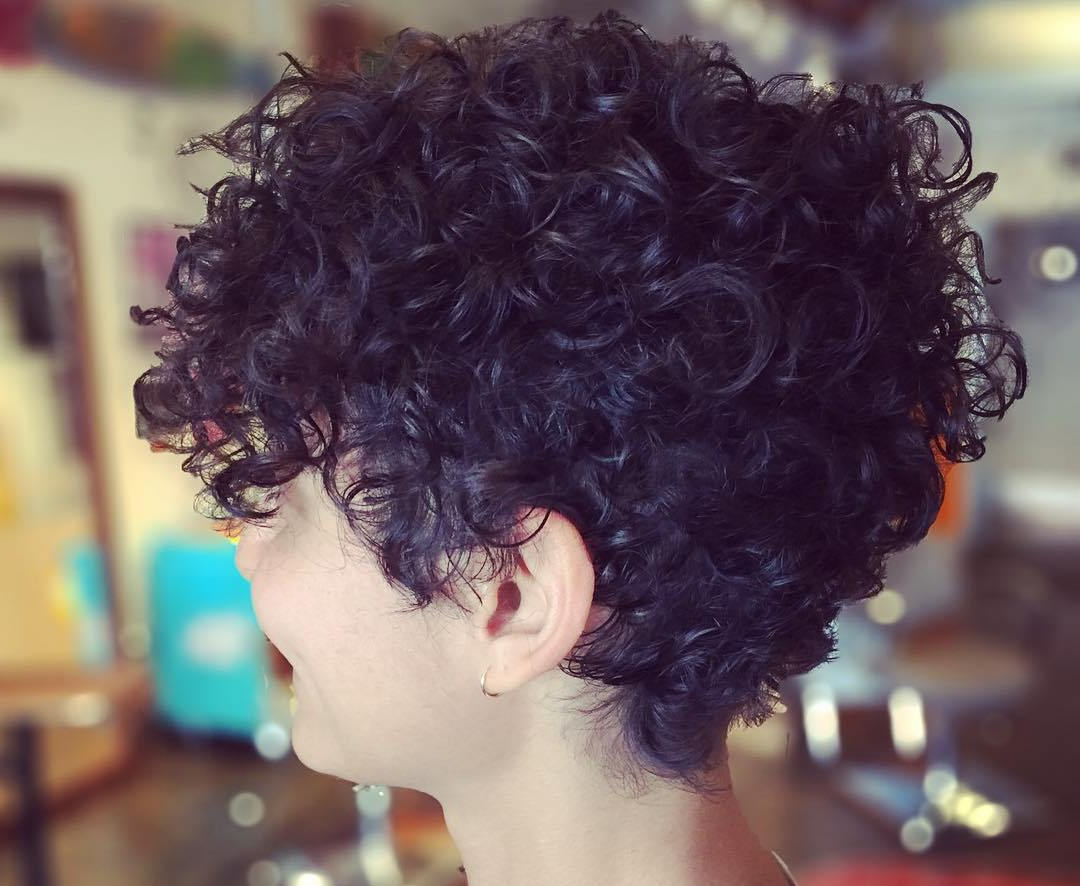 Pixie Cuts: 13 Hottest Pixie Hairstyles And Haircuts For Women In Pixie Haircuts With Large Curls (Gallery 12 of 20)