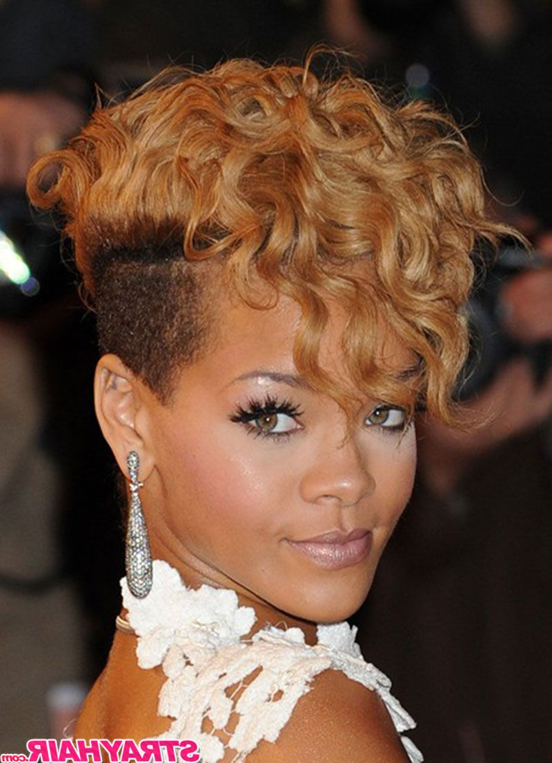 Popular Rihanna Black Curled Mohawk Hairstyles Inside Rihanna Wavy Currly Short Blonde Hair With Undercut Sides (Gallery 2 of 20)