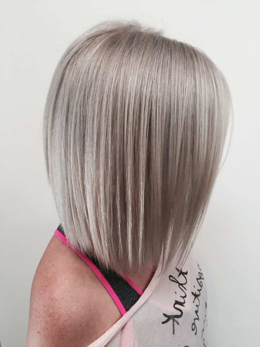 Silver Blonde Bob | Blonde In 2019 | Silver Blonde Hair In Silver Short Bob Haircuts (View 16 of 20)