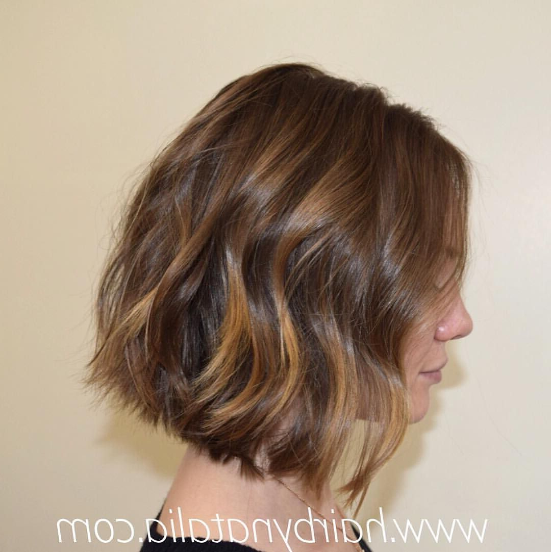 Textured Bob Haircut With Waves And Balayage Sunkissed With Sun Kissed Bob Haircuts (View 5 of 20)