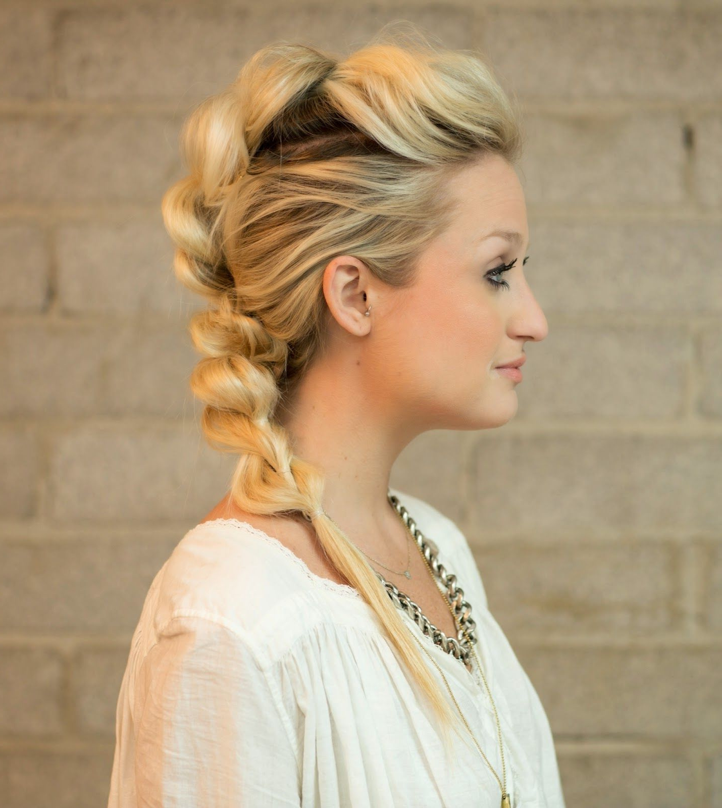 Well Liked Mohawk Updo Hairstyles For Women Intended For Hairstyles : Braided Mohawk Updo Intriguing Mohawk Fashion (Gallery 19 of 20)