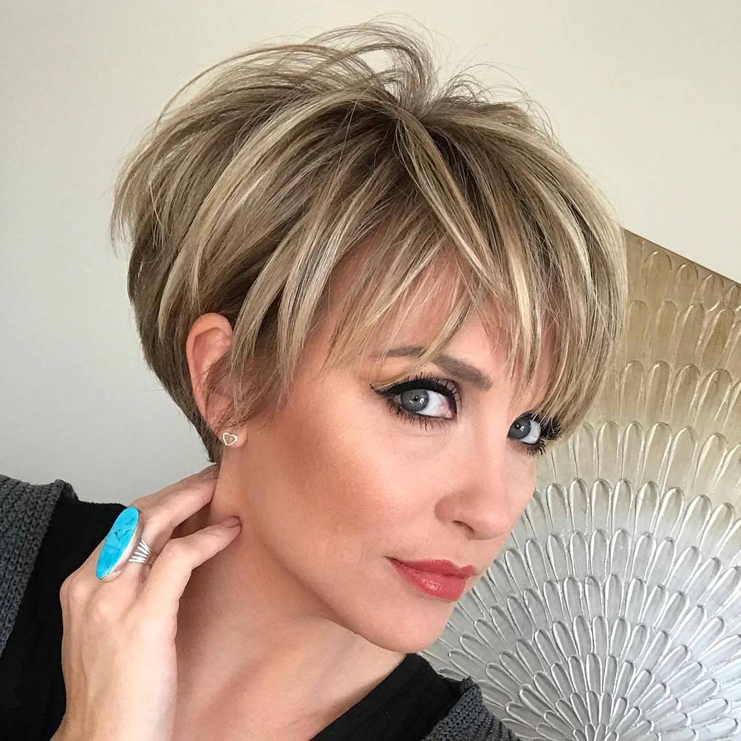 10 Long Pixie Haircuts For Women Wanting A Fresh Image Regarding Two Tone Feathered Pixie Haircuts (View 15 of 20)