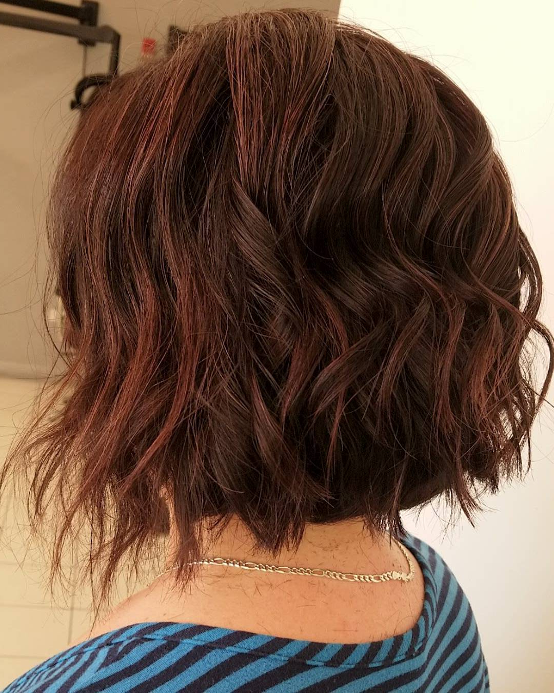 10 Modern Bob Haircuts For Well Groomed Women: Short Regarding Disconnected Shaggy Brunette Bob Hairstyles (View 2 of 20)