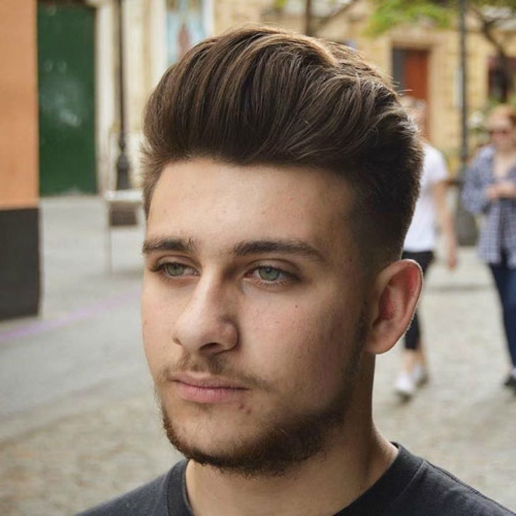 15 Men's Hairstyles For Round Faces – Haircuts & Hairstyles 2019 With Regard To Brushed Back Hairstyles For Round Face Types (View 2 of 20)