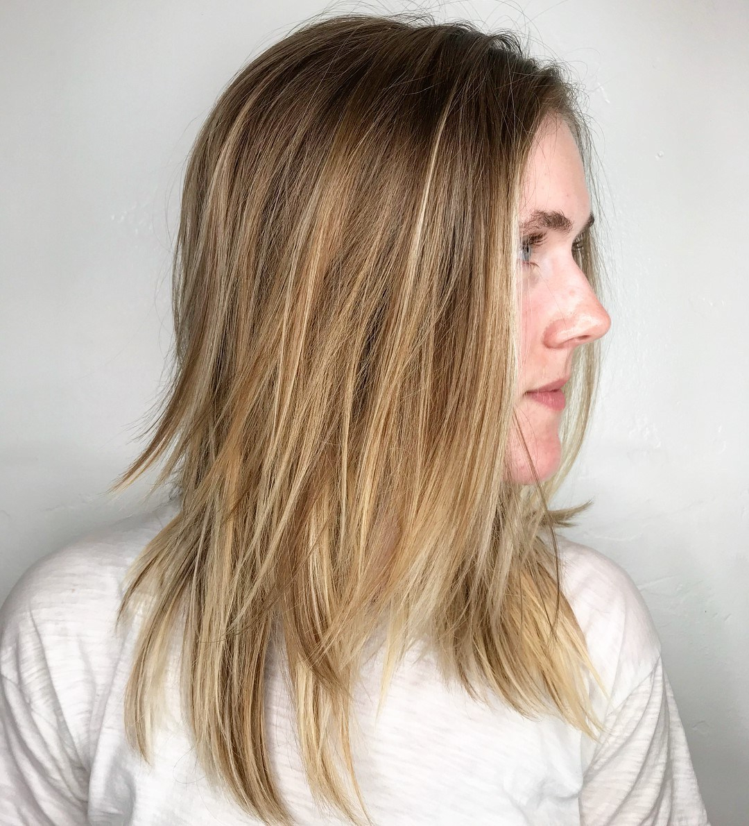 22 Modern Shag Haircut For Utter Stylish Look – Haircuts For Latest Shoulder Grazing Flared Blonde Shag Haircuts (View 7 of 20)