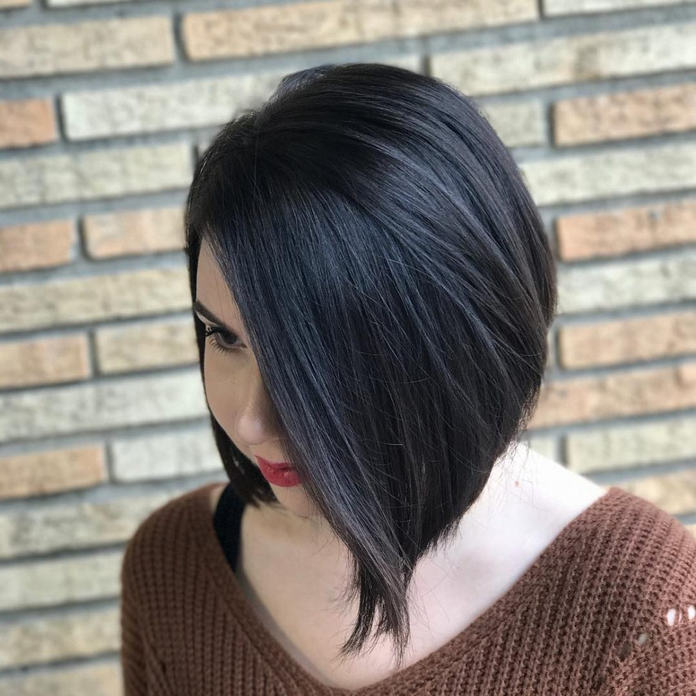 23 Best Hairstyles For Square Faces In 2019 Throughout Jaw Length Shaggy Walnut Brown Bob Hairstyles (View 4 of 20)